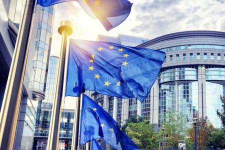 Flags of the EU for Better Regulation